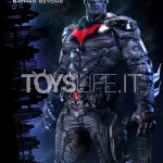 prime-1-arkham-knight-batman-beyond-statue-toyslife-icon