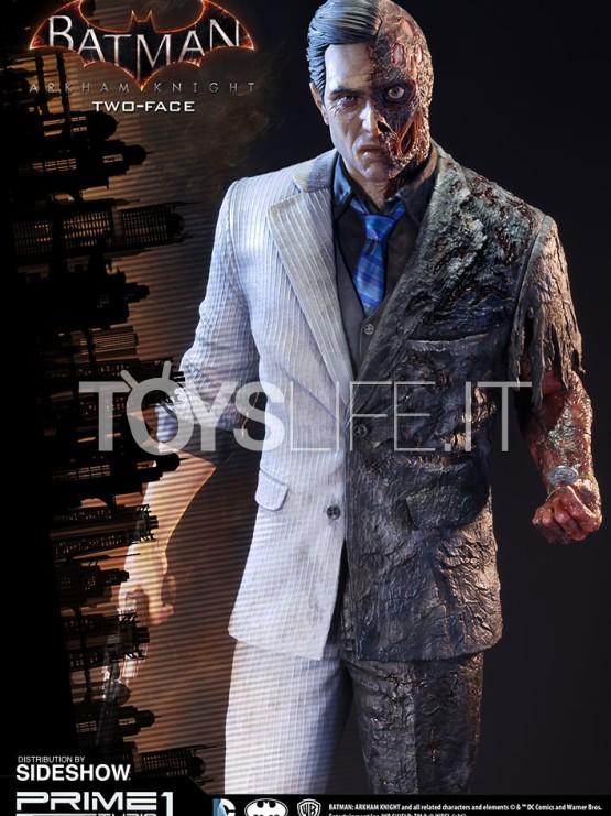prime-1-studios-batman-arkham-knight-two-face-statue-toyslife-icon