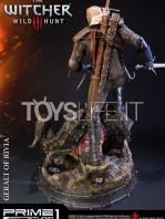 prime-1-studios-the-witcher-wild-hunt-geralt-of-rivia-statue-toyslife-04