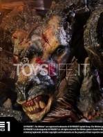 prime-1-studios-the-witcher-wild-hunt-geralt-of-rivia-statue-toyslife-08