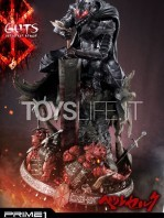 prime1-studio-berserk-guts-armored-statue-toyslife-03