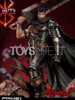 prime1-studio-berserk-guts-the-black-swordman-statue-toyslife-01
