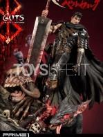 prime1-studio-berserk-guts-the-black-swordman-statue-toyslife-02