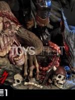 prime1-studio-berserk-guts-the-black-swordman-statue-toyslife-15