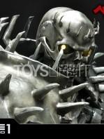 prime1-studio-berserk-skull-knight-on-horseback-1:4-statue-toyslife-16