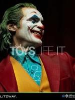 prime1-studio-blitzway-joker-the-joker-joaquin-phoenix-1:3-bonus-statue-toyslife-09
