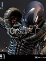 prime1-studio-comics-scorpion-alien-deluxe-statue-toyslife-16