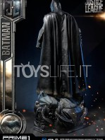 prime1-studio-dc-justice-league-batman-statue-toyslife-03