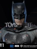 prime1-studio-dc-justice-league-batman-statue-toyslife-06