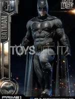 prime1-studio-dc-justice-league-batman-statue-toyslife-07