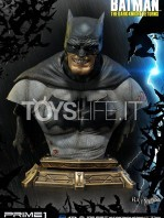 prime1-studio-dc-the-dark-knight-returns-batman-miller-bust-toyslife-icon