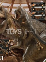 prime1-studio-jurassic-park-t-rex-vs-velociraptors-in-the-rotunda-diorama-toyslife-13