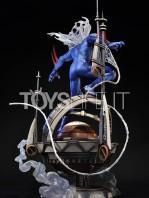 prime1-studio-marvel-spiderman-2099-statue-toyslife-04