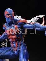 prime1-studio-marvel-spiderman-2099-statue-toyslife-06