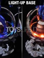 prime1-studio-marvel-spiderman-2099-statue-toyslife-09