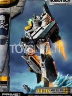 prime1-studio-robotech-macross-vf-1s-skull-leader-battloid-statue-toyslife-10