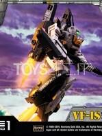 prime1-studio-robotech-macross-vf-1s-skull-leader-battloid-statue-toyslife-13