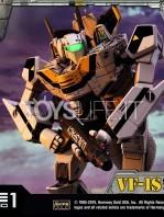 prime1-studio-robotech-macross-vf-1s-skull-leader-battloid-statue-toyslife-20