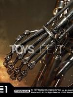prime1-studio-terminator-t-800-endoskeleton-half-scale-statue-toyslife-14