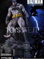 prime1-studios-dc-comics-batman-miller-the-dark-knight-returns-statue-toyslife-03