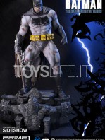 prime1-studios-dc-comics-batman-miller-the-dark-knight-returns-statue-toyslife-04