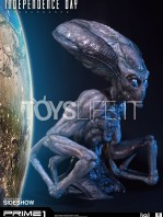 prime1-studios-independence-day-resurgence-alien-life-size-bust-toyslife-01