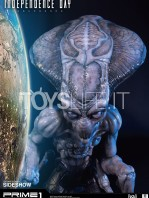 prime1-studios-independence-day-resurgence-alien-life-size-bust-toyslife-04