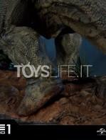 prime1-studios-jurassic-park-triceratops-1:15-statue-toyslife-08