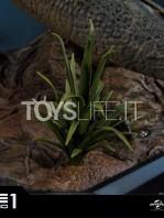 prime1-studios-jurassic-park-triceratops-1:15-statue-toyslife-10