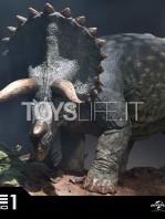 prime1-studios-jurassic-park-triceratops-1:15-statue-toyslife-11