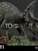 prime1-studios-jurassic-park-triceratops-1:15-statue-toyslife-13