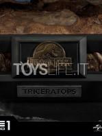 prime1-studios-jurassic-park-triceratops-1:15-statue-toyslife-14