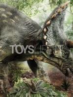 prime1-studios-jurassic-park-triceratops-1:15-statue-toyslife-15