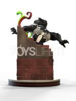 qmx-marvel-venom-q-fig-diorama-toyslife-02