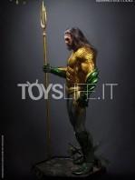 queen-studios-dc-aquaman-1:2-statue-toyslife-01