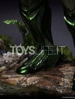 queen-studios-dc-aquaman-1:2-statue-toyslife-10