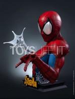 queen-studios-marvel-comics-spiderman-classic-lifesize-bust-toyslife-05