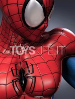 queen-studios-marvel-comics-spiderman-classic-lifesize-bust-toyslife-06