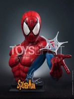 queen-studios-marvel-comics-spiderman-classic-lifesize-bust-toyslife-icon