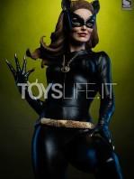 sideshow-batman-1966-catwoman-premium-format-classic-tv-series-toyslife-icon