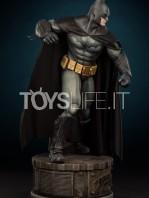 sideshow-batman-arkham-asylum-premium-format-toyslife-icon-03