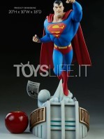 sideshow-batman-the-animated-series-superman-maquette-toyslife-01