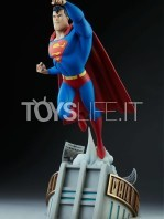 sideshow-batman-the-animated-series-superman-maquette-toyslife-02