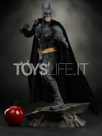 sideshow-batman-the-dark-knight-premium-format-toyslife-01