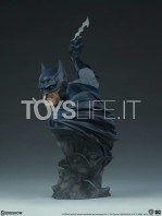 sideshow-dc-comics-batman-1:4-bust-toyslife-04