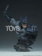 sideshow-dc-comics-batman-1:4-bust-toyslife-icon