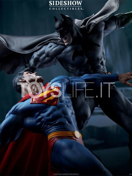 sideshow-dc-comics-batman-vs-superman-diorama-toyslife-icon