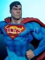 sideshow-dc-comics-superman-1:4-bust-toyslife-06