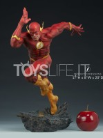 sideshow-dc-the-flash-premium-format-toyslife-01