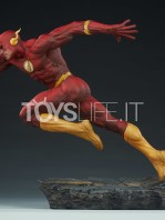 sideshow-dc-the-flash-premium-format-toyslife-02